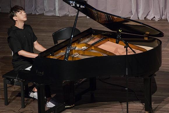 台湾钢琴诗人Pianoboy高至豪 流行钢琴音乐会